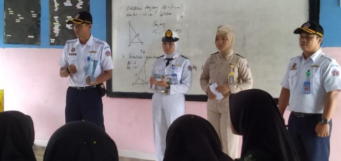 MTSN 1 BUNGO MENDAPAT KUNJUNGAN DARI SMK TARUNA INDONESIA JAMBI